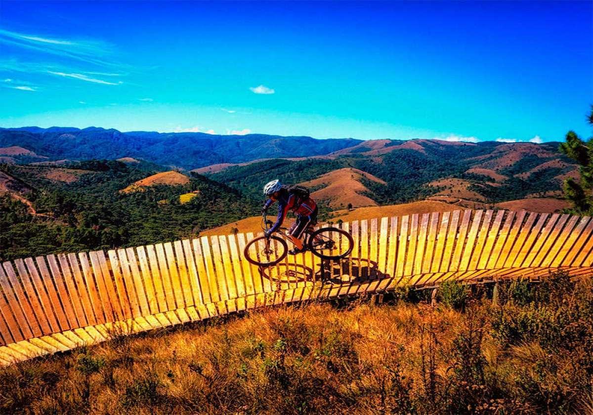 El significado de todos los acrónimos utilizados en el mundo de la competición con bicicletas de montaña