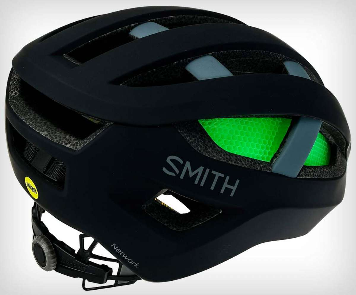 Protección MIPS y tecnología Koroyd para el casco Smith Optics Network