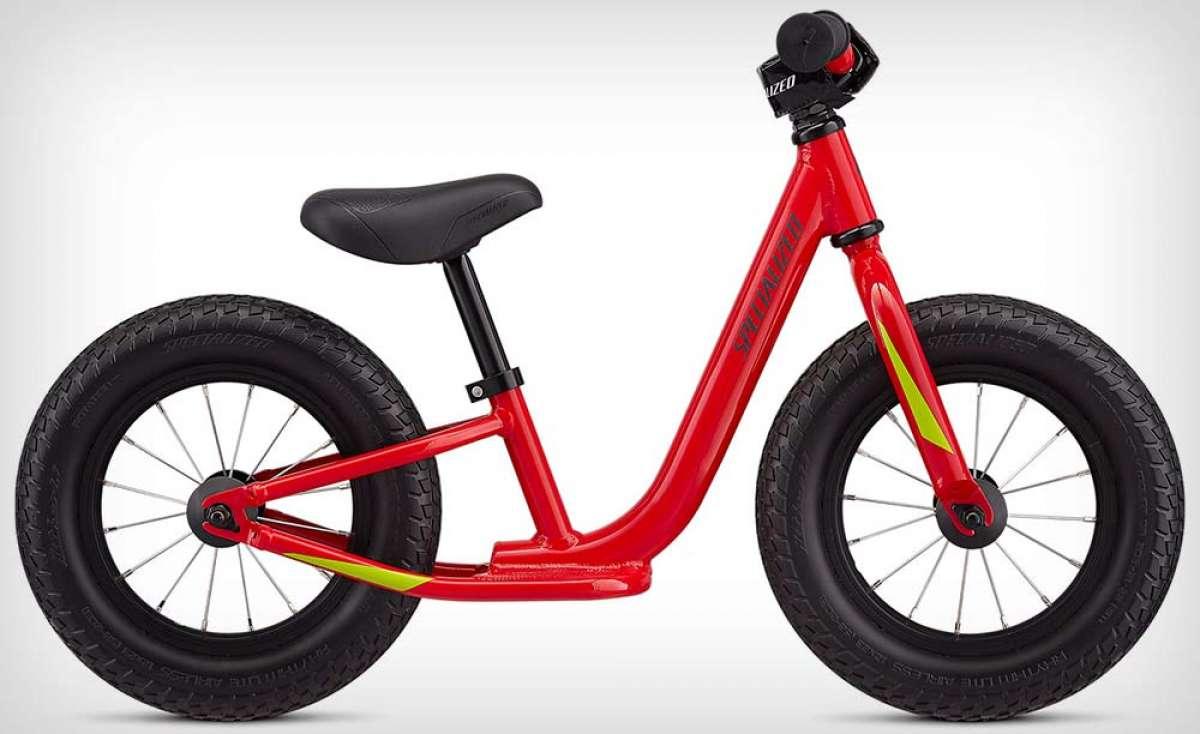 Specialized Hotwalk, una bicicleta correpasillos resistente y segura para los más pequeños de la casa