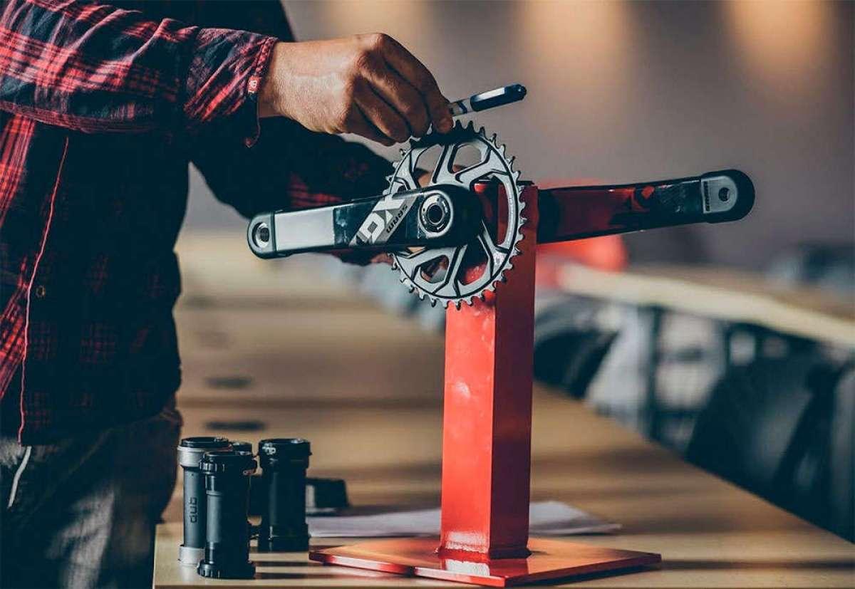 Máxima compatibilidad con pesos mínimos para el novedoso sistema de pedalier SRAM DUB