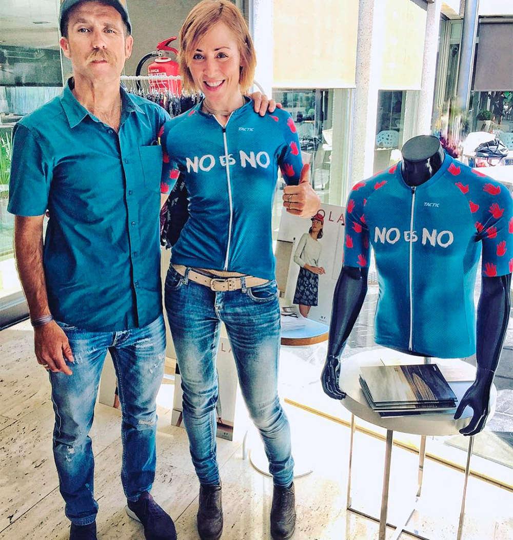 En TodoMountainBike: Tactic se une a la lucha contra la violencia de género con el maillot solidario 'No es No'