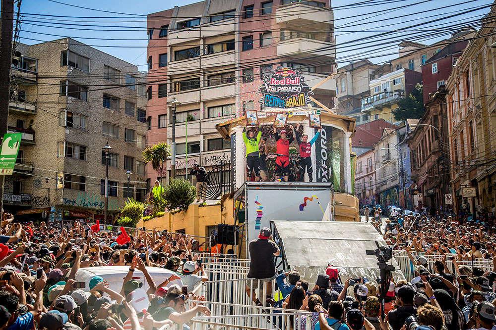 En TodoMountainBike: Tomáš Slavík se lleva el Red Bull Valparaíso Cerro Abajo 2018 por segundo año consecutivo