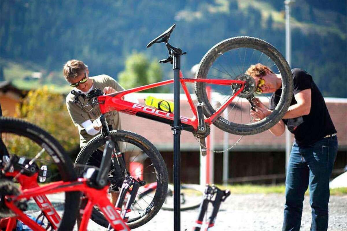 La UCI da el visto bueno a las bicicletas eléctricas de montaña: habrá modalidad e-MTB a partir de 2020