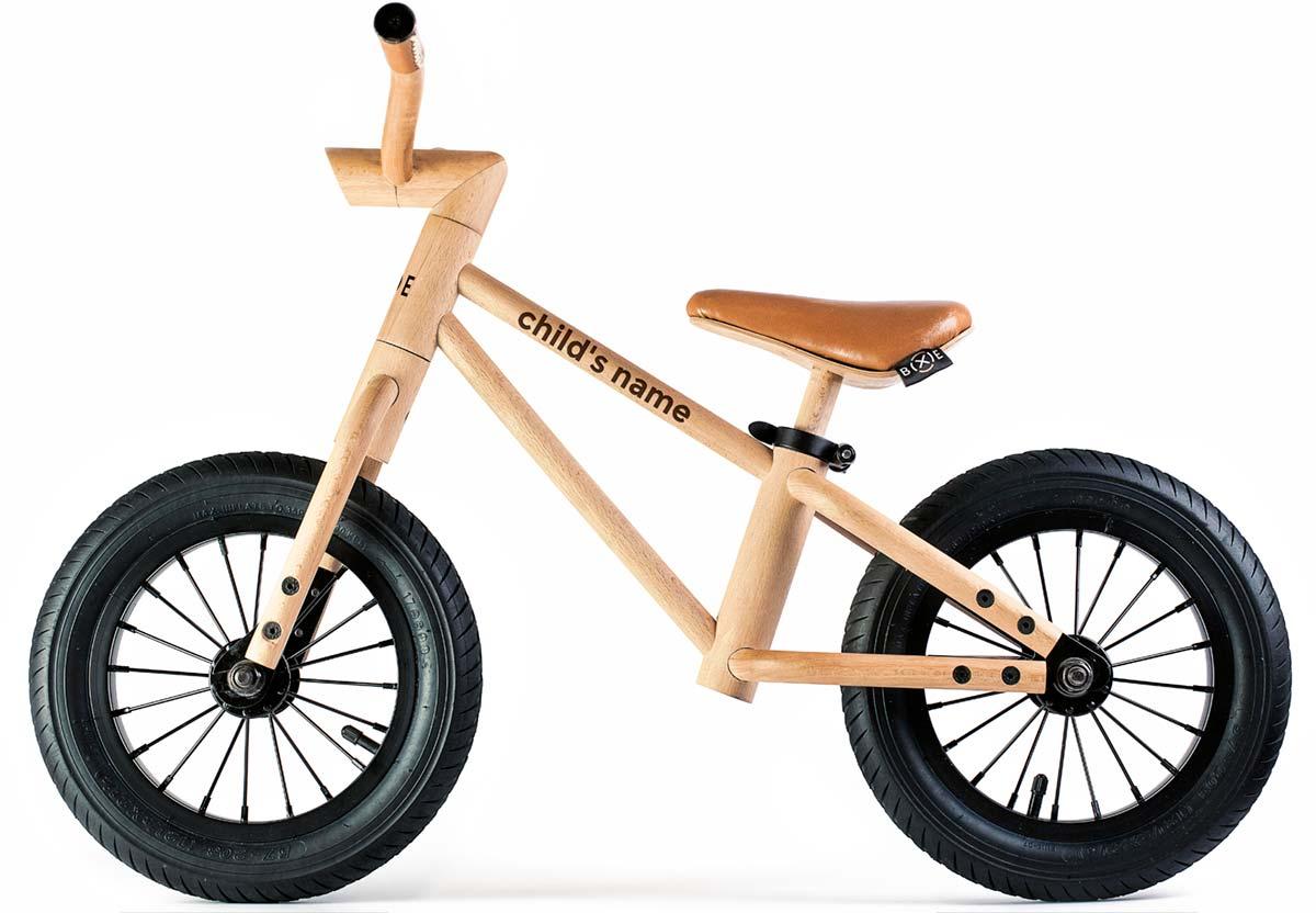 En TodoMountainBike: Bixie, una ecológica bicicleta de equilibrio fabricada con madera de haya de los Alpes eslovenos