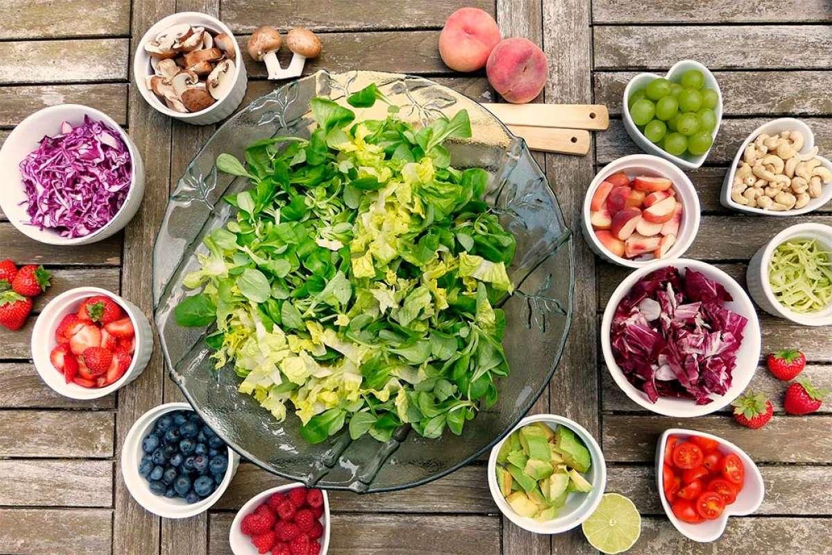¿Cómo es la dieta más saludable del mundo? Los mejores expertos responden a la pregunta