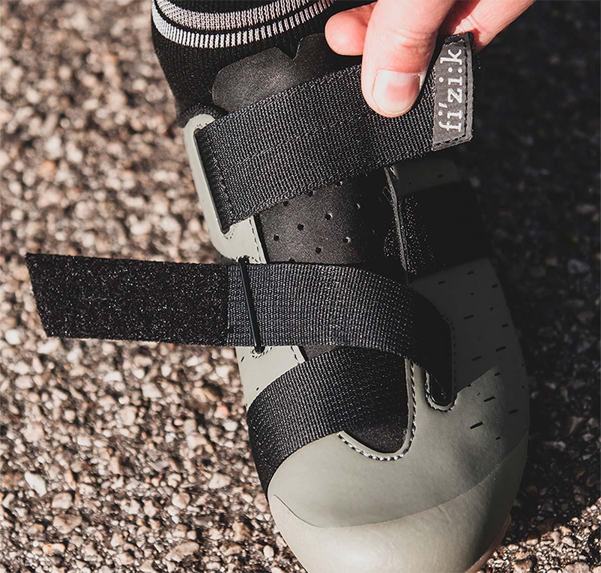 Fi'zi:k presenta las Terra Powestrap X4, unas zapatillas de alto rendimiento para ciclistas de Gravel