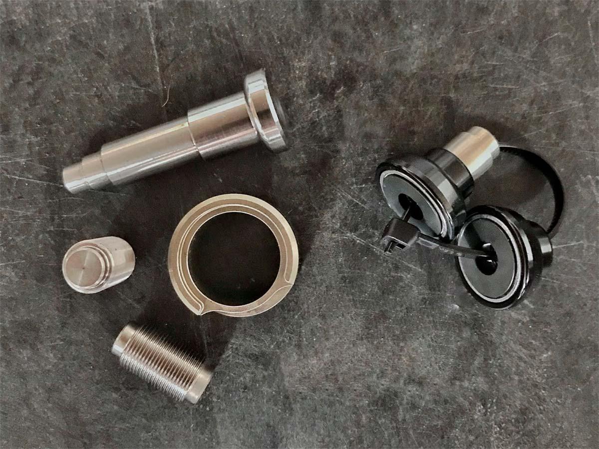 FOX actualiza el cartucho FIT4 y anuncia un kit de rodamientos de agujas para el soporte de los amortiguadores