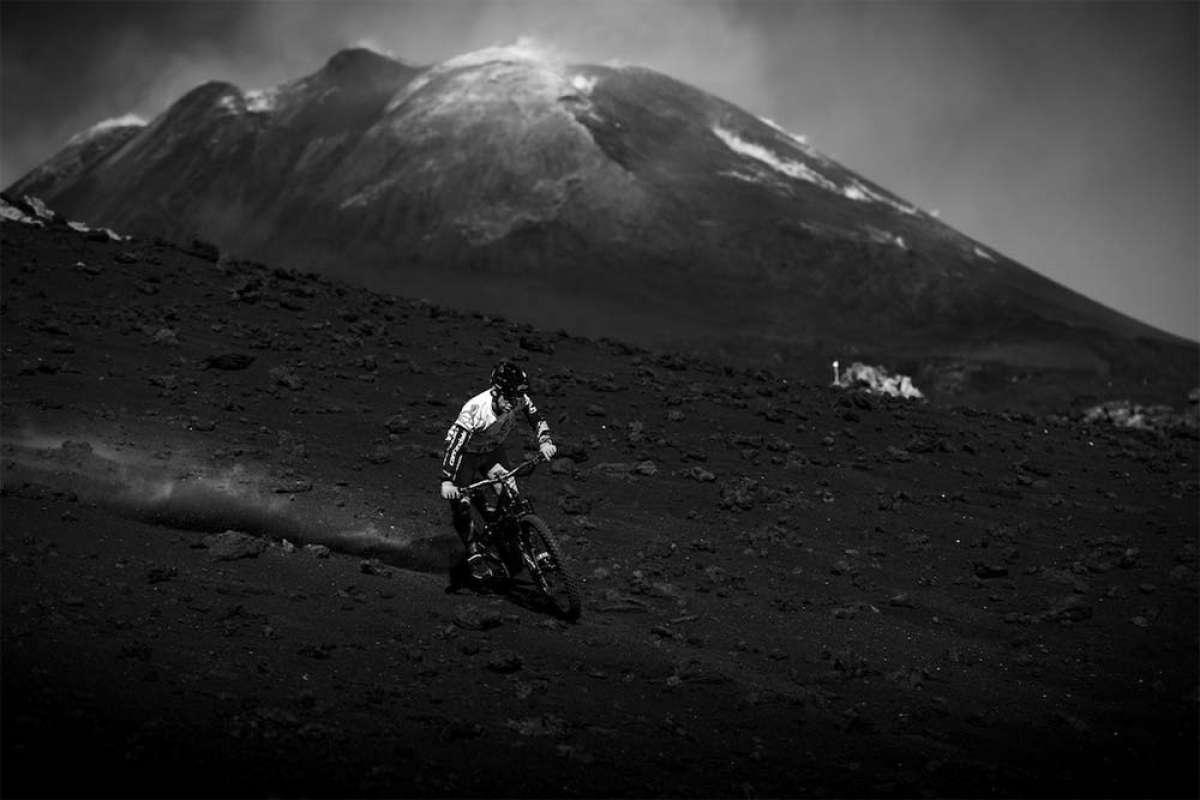Mountain Bike a ritmo de Heavy Metal con Jérôme Clementz y la banda Gojira