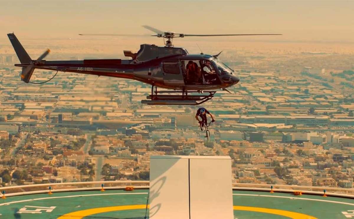 Increíble sesión de BMX en Dubái con Kriss Kyle