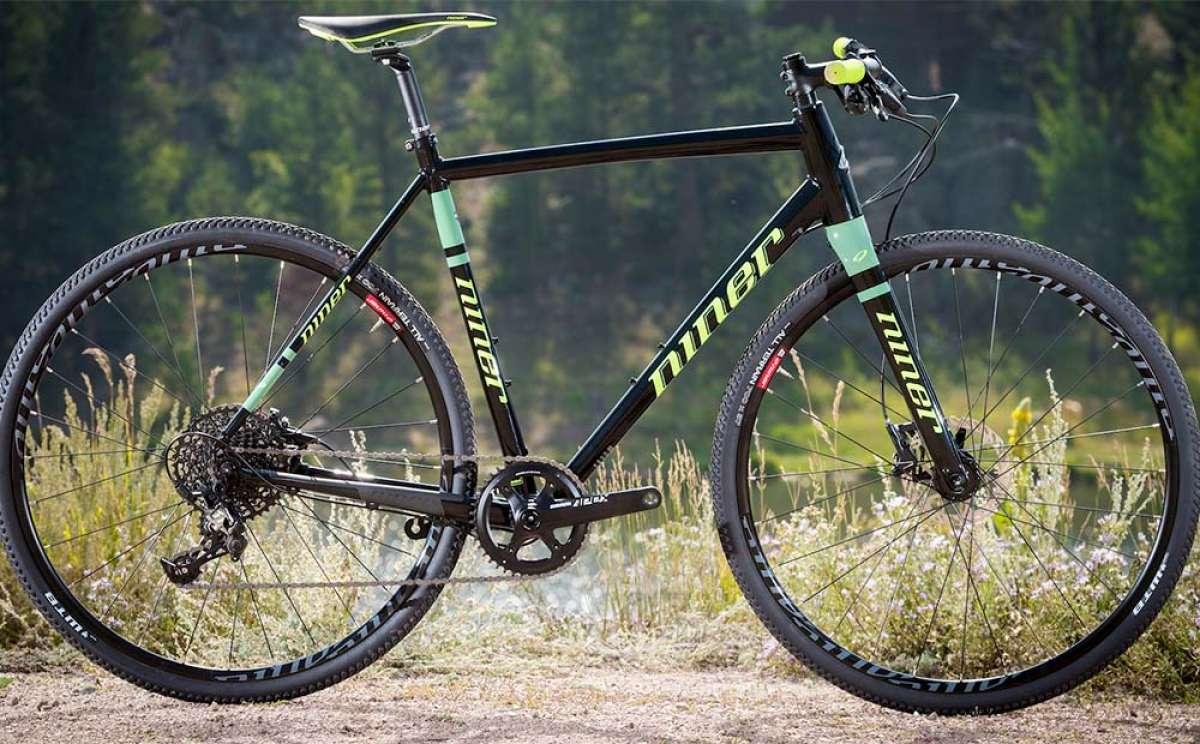 Niner RLT 9 Apex, una bici de Gravel con manillar plano para usarla a diario