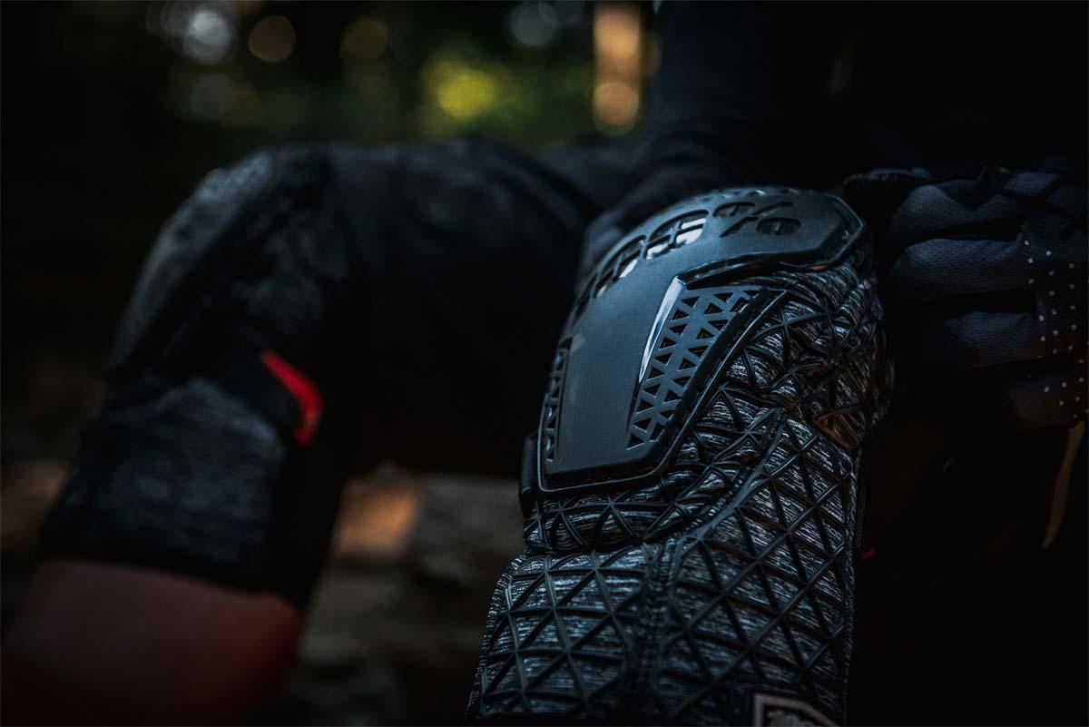 100% lanza una completa gama de protecciones para Mountain Bike