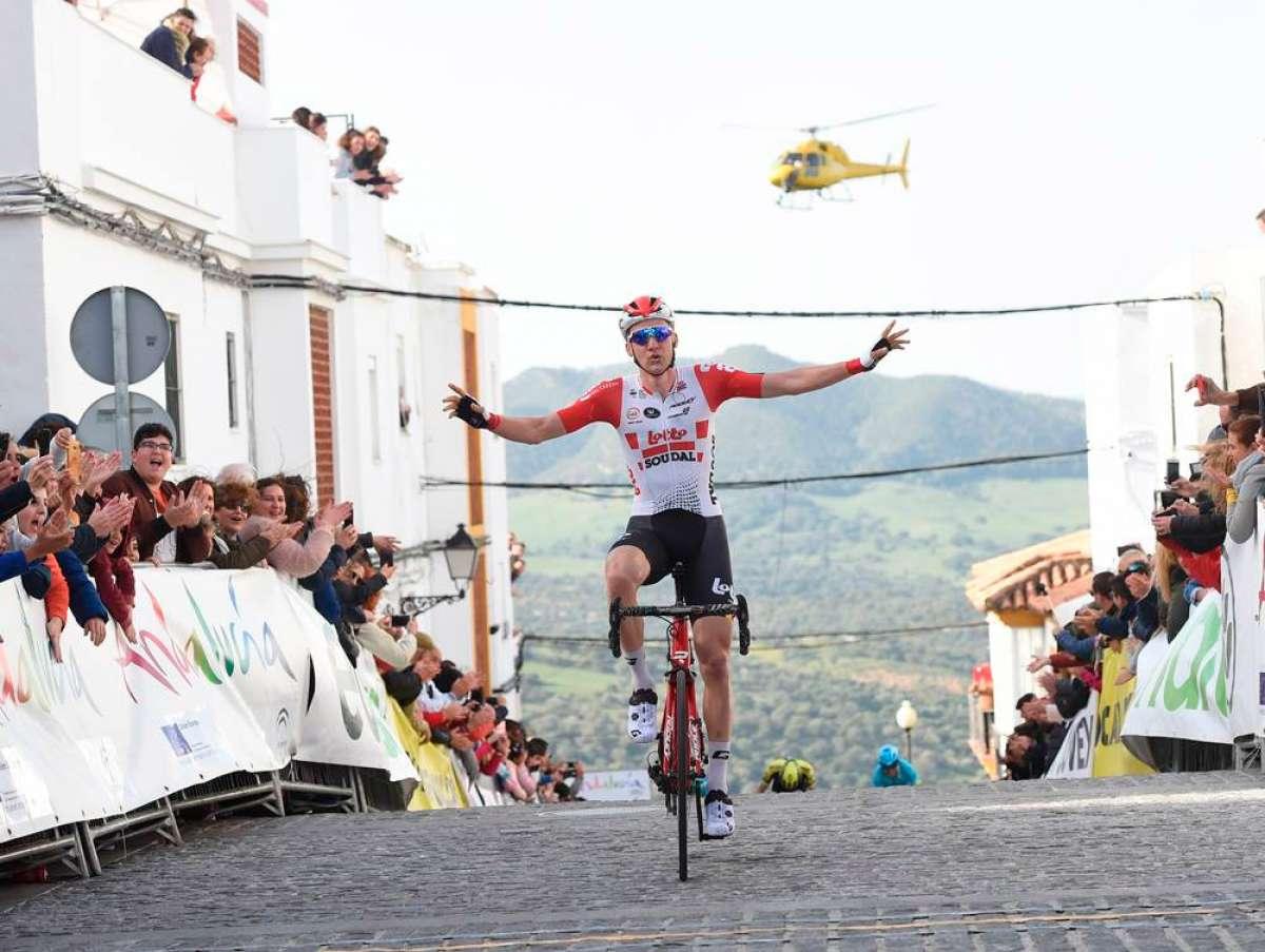 La Vuelta a Andalucía 2019 arranca con un tramo de su recorrido saboteado con aceite