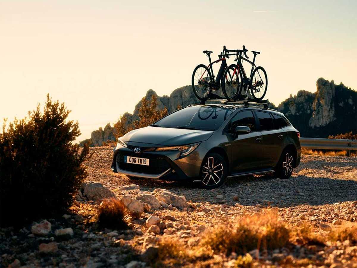Toyota y Trek Bikes colaboran juntos para lanzar un Corolla familiar pensado para amantes del ciclismo